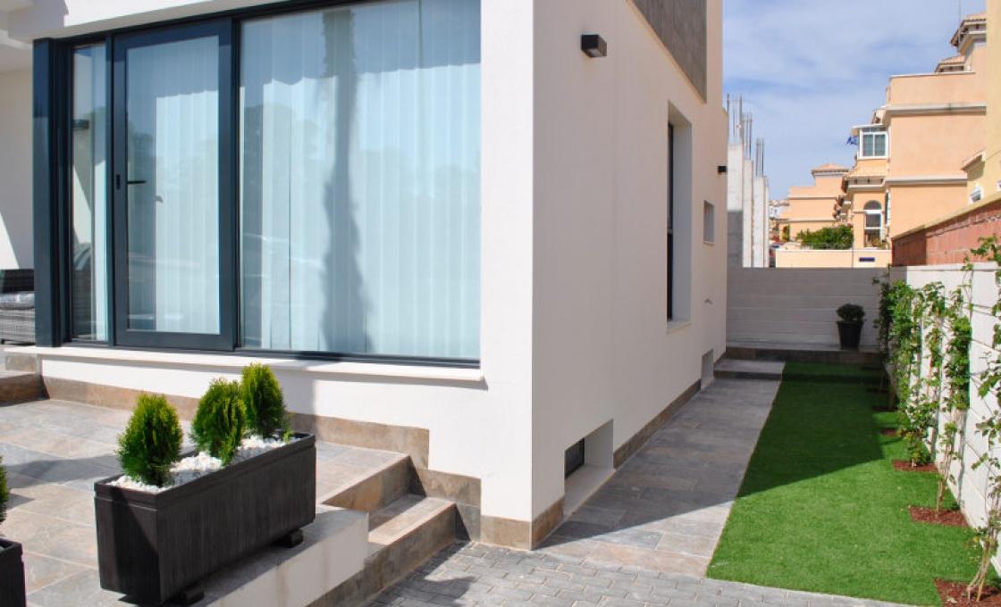 3 Chambres, Villa, À Vendre, Calle Miño, 3 Salles de bain, Listing ID 1479, orihuela costa, Espagne, 03189,