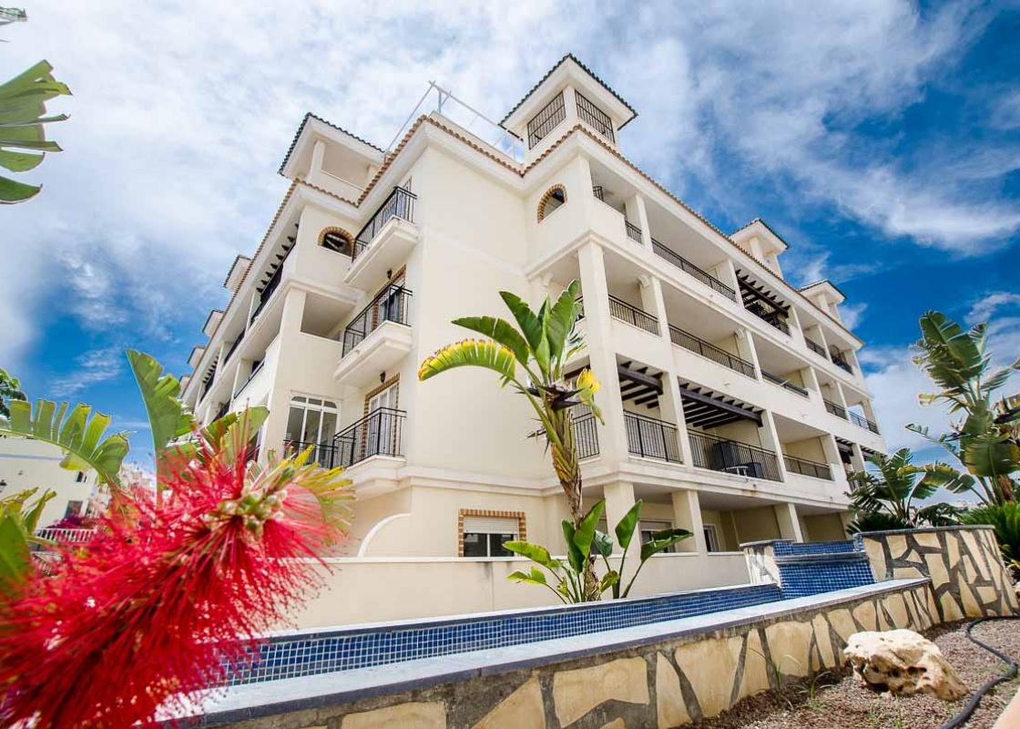 Residence jardin d 39 alba for Jardin residence