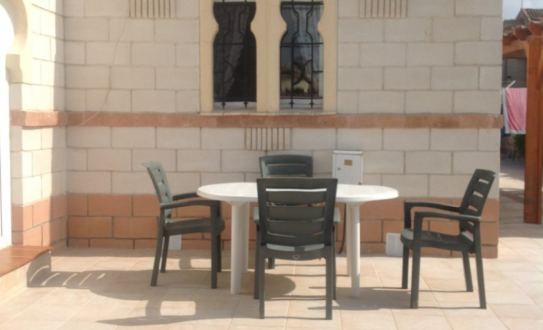 2 Chambres, Villa, À Louer, calle henri matisse , 1 Salles de bain, Listing ID 1612, TORREVIEJA, ALICANTE, Espagne, 03184,