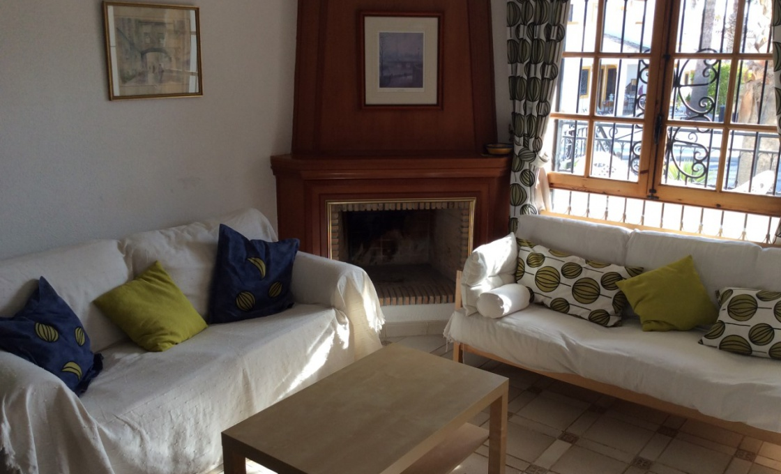 2 Chambres, Maison, À Louer, calle w.a.mozart , 1 Salles de bain, Listing ID 1663, Orihuela Costa, Espagne, 03189,